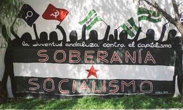 A-socialist-mural-in-Mari-010