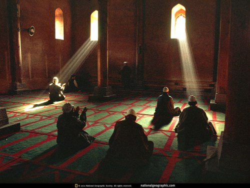 3. srinagar-mosque-prayer-527134-lw