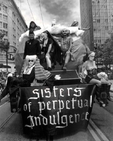 Gay1$sisters-of-perpetual-float (1)