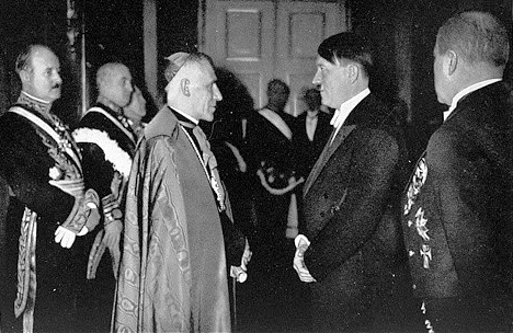 hitler-and-pope (1)